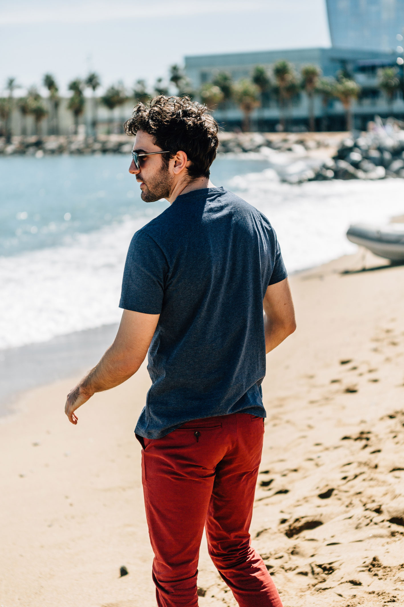 Chino rouge piment dos t-shirt bleu de berlin