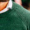 Pull Merinos vert foret close-up col