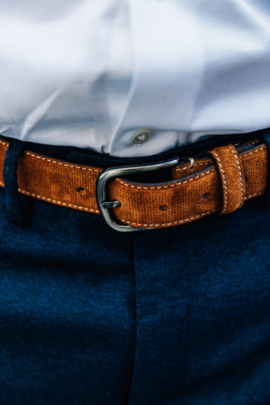 Ceinture Nubuck Juan Marron close-up boucle